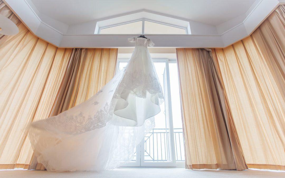 Przechowywanie sukni ślubnej – przed i po ślubie